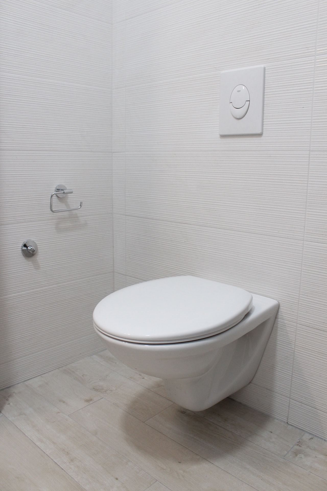 corner toilet for small bathroom